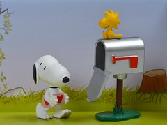Happy Valentine's Day (linda_lou2) Tags: mailbox peanuts snoopy woodstock figures odc schleich 45366 howdoilovethee day45366 mailboxpostbox 14feb16 themeno65 366the2016edition 3662016 116picturesin2016