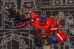 Optimus Prime (MadMartigen) Tags: toy actionfigure transformers autobot optimusprime revoltech