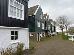 P1090912 (DaandeLigt) Tags: holland netherlands nederland marken volendam
