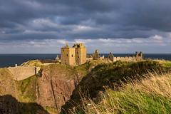 Dunnottar Castle, Aberdeenshire. (microwyred) Tags: aberdeen dunnottarcastle