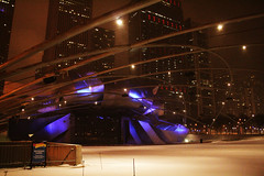 IMG_1675 (The diary of Blue Shoes!) Tags: world street travel winter sky usa snow chicago reflection architecture night buildings pier illinois view theatre earth north streetphotography northamerica snowing traveling february thebean sculptures steppenwolf estadosunidos theatredistrict  thecloudgate