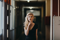 ***** (laertyd) Tags: portrait girl canon blonde 135mm 135l