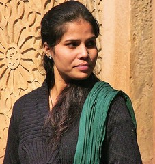 INDIEN, lady in Fort Gwalior , school class, 13603/6574 (roba66 (Thx for 20 Mill. views)) Tags: travel portrait people woman india cute tourism beautiful beauty face lady hair nice eyes reisen asia asien gesicht pretty leute urlaub visit menschen explore lovely augen frau gwalior indien inde voyages joli bello northernindia hbsch inderin roba66 indiennord indienfortgwalior