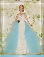 2016 Oscar de la Renta Bride Barbie (2) (Paul BarbieTemptation) Tags: de gold bride la oscar designer label barbie series brides 2016 renta