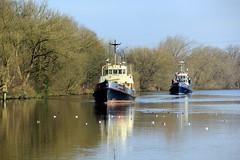 Dornoch & Cricklade (North Ports) Tags: manchester canal ship locks peel trafford salford ports msc irlam mmsi 232004426 235092535