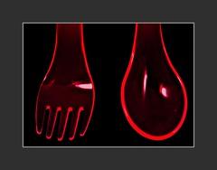 Gabel und Lffel (fork and spoon) (alfred.hausberger) Tags: gabel lffel gegenlicht paare plastikgeschirr 52wochenfotochallenge