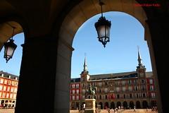 Plaza Mayor. Madrid (Carlos Vias-Valle) Tags: plazamayor escaparate