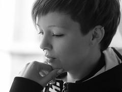 20160416 (Michael Schalla) Tags: portrait people blackandwhite bw woman girl monochrome female backlight model dof availablelight portrt depthoffield shorthair frau mdchen alina personen gegenlicht schrfentiefe einfarbig schwarzweis kurzehaare verfgbareslicht