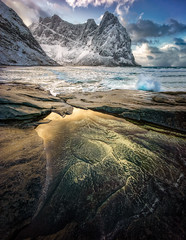 Gold Rush (hpd-fotografy) Tags: winter sunset snow seascape cold beach water norway gold sand waves arctic ultrawide lofoten goldenhour moskenesøya kvalvikabeach