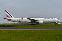 [CDG] AirFrance Colours of JonOne Livery Boeing 777-328ER _  F-GSQI (thibou1) Tags: airplane nikon aircraft sigma boeing tamron spotting airfrance cdg b777 jonone lfpg fgsqi b773 d7100 thierrybourgain