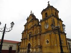 "Léon: Iglesia de la Recolección <a style=""margin-left:10px; font-size:0.8em;"" href=""http://www.flickr.com/photos/127723101@N04/26600547016/"" target=""_blank"">@flickr</a>"