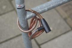 Locked (Arne Kuilman) Tags: 50mm aperture bokeh lock olympus adapter m42 slot manualfocus testshot wideopen 50mmf18 oreston meyergrlitz
