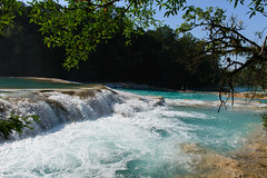 Agua Azul, Mexico - Blue-water Falls (GlobeTrotter 2000) Tags: travel blue water pool azul swimming swim mexico agua visit falls waterfalls palenque chiapas toursim