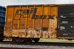 (o texano) Tags: bench graffiti texas houston twist trains d30 freights erupto a2m benching