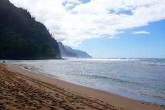 Ke'e Beach (pburka) Tags: ocean park sky beach clouds hawaii sand state kauai kee haena