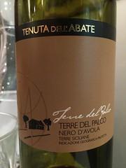 IMG_9095 (bepunkt) Tags: wine winebottle vino wein winelabel weinflaschen etiketten weinetiketten