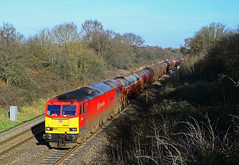 60019 at Haresfield. (curly42) Tags: transport railway tug dbs freighttrain murco class60 haresfield 60019 6b13