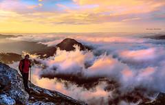 Amanece en Anboto (Jabi Artaraz) Tags: paz amanecer zb frontal montaña neblina niebla bruma tranquilidad airelibre serenidad anboto montañero jabiartaraz jartaraz