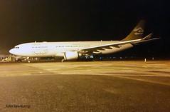 JV-2016-01-24-011 (johnveerkamp) Tags: plane airbus uganda airlines libyan a330202 5alar
