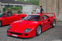 Prmices Sport & Collection 2011 - Ferrari F40 (Deux-Chevrons.com) Tags: auto france car sport automobile automotive ferrari voiture collection exotic coche supercar exotics poitiers f40 sportcar 2011 notredamelagrande ferrarif40 hypercar sportcollection