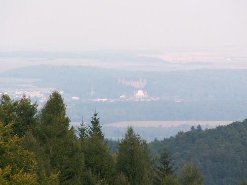 Kamieniec Ząbkowicki z zejścia z Kalwarii w stronę Łaszczowej