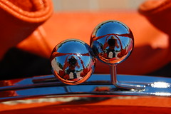 Reflections (DCI Photography) Tags: orange reflections memphis tennessee balls spheres selfie mikebooth dciphotography