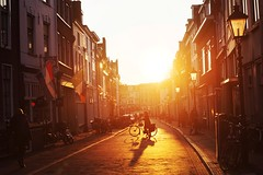 Perfect 5' (Florencia Jadia) Tags: life street city travel winter sunset orange sun sunlight holland art love netherlands bike architecture sunrise utrecht artistic magic fineart perspective streetphotography lifestyle ciudad holanda streetphoto lovely nederlands fineartphotography utrechtcity