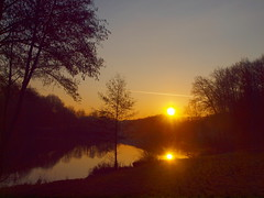 P2277314 (hans 1960) Tags: trees light sky sun sol nature water sunrise landscape outside atardecer golden licht soleil pond wasser colours outdoor natur himmel february landschaft sonne reflexion spiegelung mirrow februar weiher