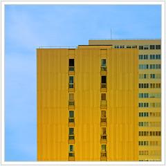 Comme deux  briques jaunes (GilDays) Tags: blue house paris france building window yellow architecture jaune nikon moderne bleu iledefrance fentre immeuble habitation graphisme d810 nikond810 idf0615