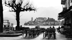 A real black & white painting (Gi_shi) Tags: bw italy lake lago nikon italia bn lakeside piemonte piedmont bnw biancoenero lungolago orta novara isolasangiulio nikonitalia iamnikon d7200