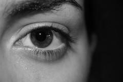 ATARAXIA (s,m) Impertubabilidad, Serenidad (Lucia Cortés Tarragó) Tags: camera macro eye girl beauty canon mirror women sister especial pupila pestañas