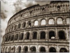 Tutte le strade portano a Roma .... (lefotodiannae) Tags: roma hdr lefotodiannae