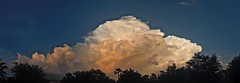Heads up, O-townlooks like a nasty one (Lee Bennett) Tags: sky cloud storm weather thunderhead