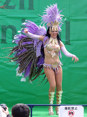 #7678 shake those tail feathers (Nemo's great uncle) Tags: dancer  odaiba  aomi kotoku braziliancarnival  tky
