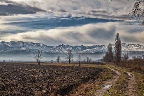 Jesienne klimaty w drodze do Biszkek