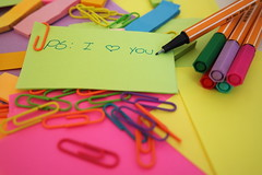 PS: I love you (Pati Moreira) Tags: love colors cores colorful post it catchy stabilo nx3000