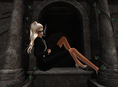 relaxing time (Ellie Shepard (SSMA Model)) Tags: sexy beautiful fashion wonderful amazing model shoes modeling smoke makeup blogger smoking secondlife blonde sultry tall maitreya slink catwa