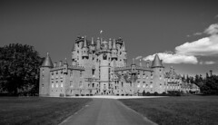 UK - Scotland - Glamis - Castle (Marcial Bernabeu) Tags: uk greatbritain castle scotland unitedkingdom angus united kingdom escocia castillo bernabeu reino unido reinounido marcial glamis bernabu granbretaa