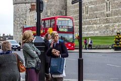 Well I'm not taking the bus home! (Silver Machine) Tags: street bus shopping women waiting phone candid streetphotography streetportrait busstop windsor berkshire canoneos windsorcastle canon600d canonef50mmf18stm