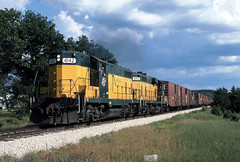 Headed for the Rapids (ac1756) Tags: wisconsin 1984 northwestern necedah cnw gp7 4142
