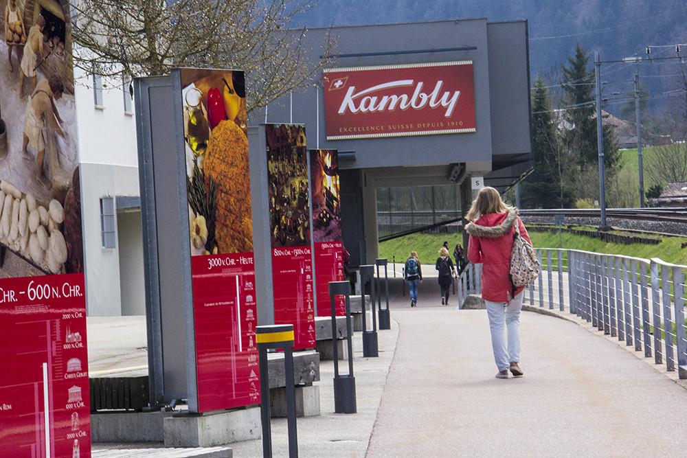 Kambly - entrada com história da fábrica
