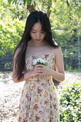IMG_4697 (Honest Dan Photography) Tags: portrait flower girl beautiful canon 50mm centralpark 6d