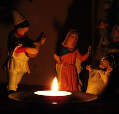 ninna nanna (archifra -francesco de vincenzi-) Tags: christmas square navidad noël merrychristmas natale maschera carré pulcinella natività tradizione bambinello ninnananna archifraisernia francescodevincenzi mezzogiornoitaliano