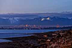 Crescent Beach (cdnsue) Tags: sunset crescentbeach twiligh