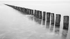 Cadzand-Bad Strand (Rene Stannarius) Tags: water strand wasser milky nordsee schwarz langzeitbelichtung blaue thebluehour weis cadzandbad stunde