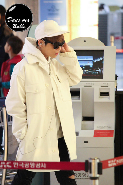 160210 Jonghyun @ Aeropuerto de Gimpo {Rumbo a Japón} 24358916474_c827f9f8f2_z