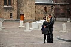 Selfie in Binnenhof, Den Haag (Crumblin Down) Tags: santa party music holiday black holland netherlands sinterklaas face kids balloons boat den parade hague event pete arrival claus haag piet zwarte