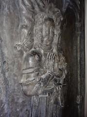 ca. 1500-1515 - 'jonkheer Lybrecht van Meldert, Lord of Meldert, Budingen, Vrolingen and Bombroek (+1484)', Sint-Ermelindiskerk, Meldert, Hoegaarden, province of Flemish Brabant, Belgium (RO EL (Roel Renmans)) Tags: church bench eyes sainte closed belgium tomb gothic bank lord tournament van piece pew heer armour église sire 1500 hoegaarden kerk banc dalle slab effigy haute jonker armadura funéraire tombeau armure rüstung grabmal 1505 1510 libert 1515 1595 grafsteen harnas 1590 ermelindis meldert budingen 1484 écuyer closehelmet sintermelindiskerk jonkheer kerkbank vrolingen grafbeeld tassets joncker ermelinde lybrecht bombroek racourt passegarde