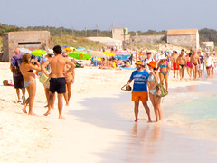 Es trenc (nudistblr) Tags: girls sea man beach naked nude spain sand outdoor butt playa shore nudist es mallorca fkk majorca platja nudismo estrenc desnuda naturista nudista trenc coloniasantjordi