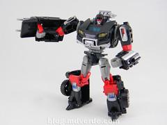 Transformers Trailbreaker Deluxe - Generations Takara - modo robot (mdverde) Tags: deluxe transformers generations takara autobots trailbreaker trailcutter